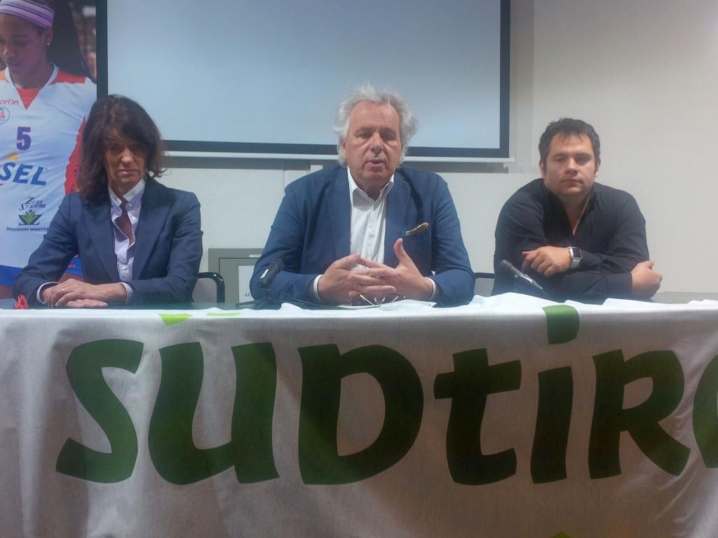 Conferenza_stampa_18maggio2016